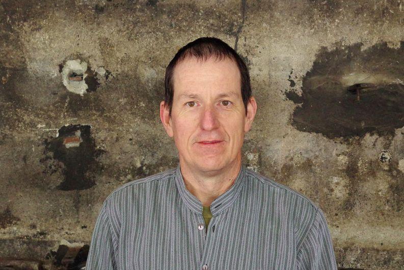 Peter Röthlisberger in seiner Schmiede.