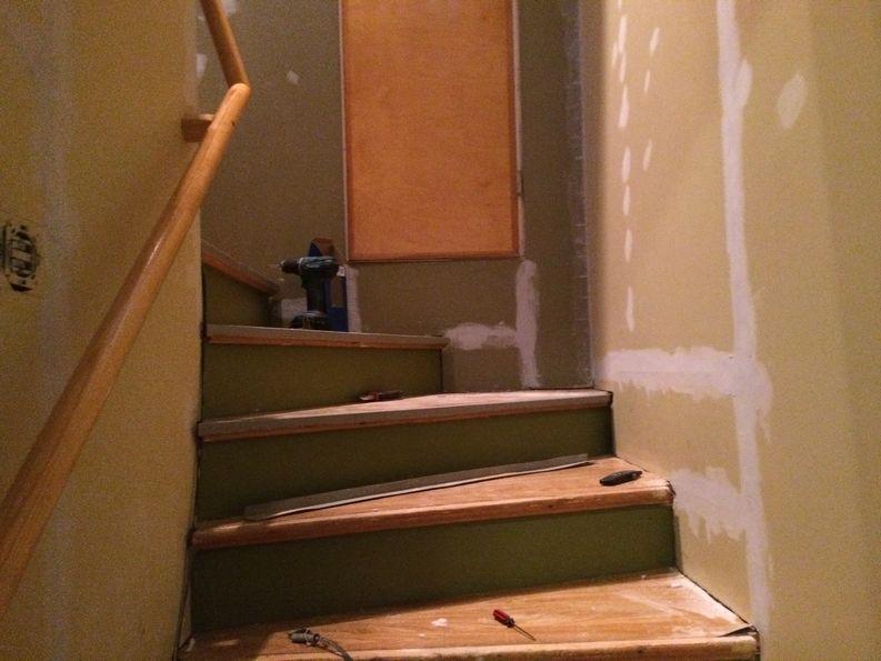 Perinnekorjaus Salminen portaikko