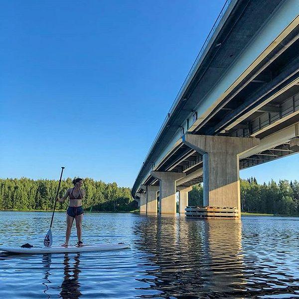 #supjoensuu #arctictrainersjoensuu #kuudensillanretki #dayoff😎 # kesä2018 #kuumakesä # supping #suppailua  Parasta vapaapäivänviettoa. Aurinkoa,suplauta,lämmintä vettä, mukavaa seuraa ja uusia maisemia.