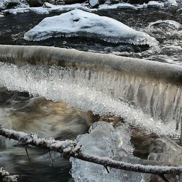 Luonnon taidetta. #ihmeellinen luonto, #keihäsjoki, #juuka, #virtaavavesi, #jää