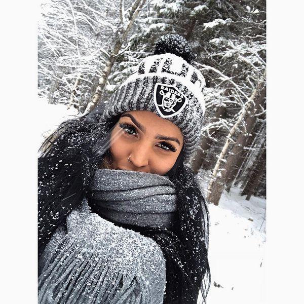 Valkoinen maa, lunta sataa ❄️ #sielulepää #maalla #rääkkylä #joulu ☃️
