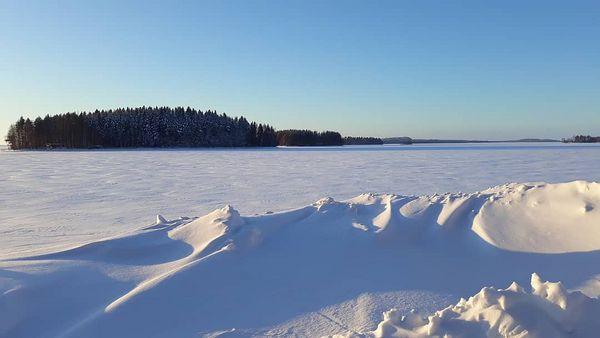 #työmatkanvarrella #ihanaaurinkoinenpäivä #arvinsalmi #lossiranta #talvi #lumi #pohjoiskarjala #itäsuomi #suomi #finland #landscapes #wintertime #snow #sunnyday