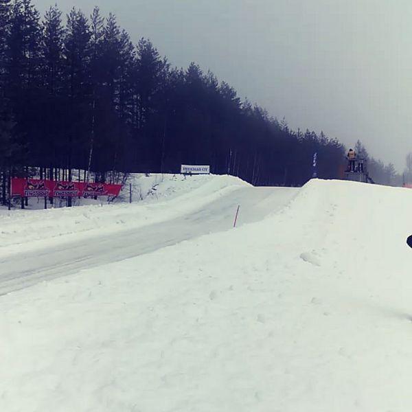 Eilen mentiin Kiteellä.Talvisarjan mestaruudet ratkottiin ja hommat jatkuu taas toukokuussa rallycrossin merkeissä.  #finrx #kitee #crosskart #finaali