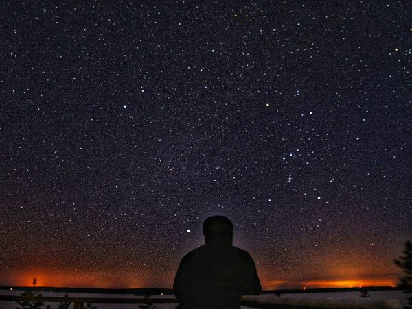 Häivähdys valoa horisontissa🤔 ☆☆☆ #thisisfinland #visitingfinland #nature #nightsky #finland4seasons #winter #landscape #lovelyfinland #finland #ig_worldphoto #visitfinland #naturesmall #naturephotography #finlandphotolovers #discoverfinland #worldjournalpic #pocket_allnature #thebestoffinland #bestnatureshot #northkarelia #rääkkylä #joensuu