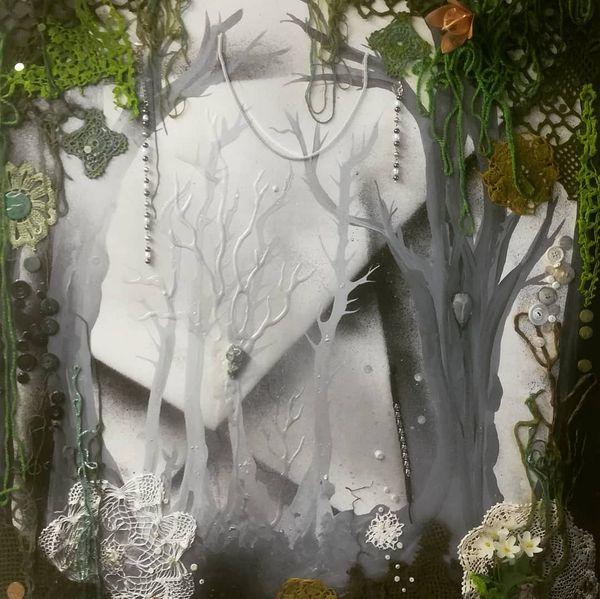 Harmony-taulusarja valmistui juuri. Puunhenki, Lähde ja Joen yö. Nämä lähtevät pohjoiseen, erääseen yritykseen tiloihin, sovitukseen. Upeaa että yrityksetkin panostavat taiteeseen ja näin tukevat taiteilija-yrittäjää 💞🙏 #taidettakotiin #taidettayrityksille #parikkadesign #taitokortteli #visitkarelia_finland #recycledart #ilovemyjob #forestart #mysticalart #naturespirits