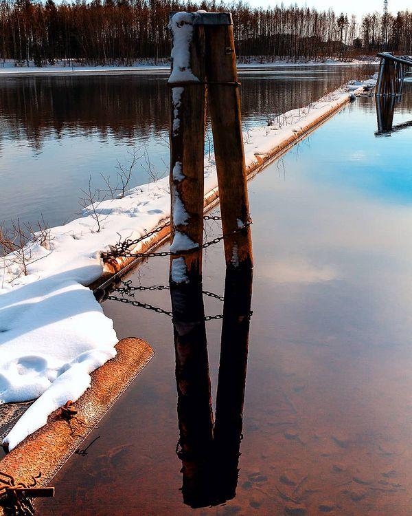 Mirror.. #landscape #naturelandscape #nature #reflections #mirrorimage #water #spring #river #pielisjoki #pielisjokiseutu #myfinland #myjoensuu #joensuufi #joensuu #finland #loves_scandinavia #loves_finland #loves_united_nature #loves_united_finland #loves_united_scandinavia #finland_photolovers #luxuryfinland #finland4seasons #finland_frames #canon #canonnordic