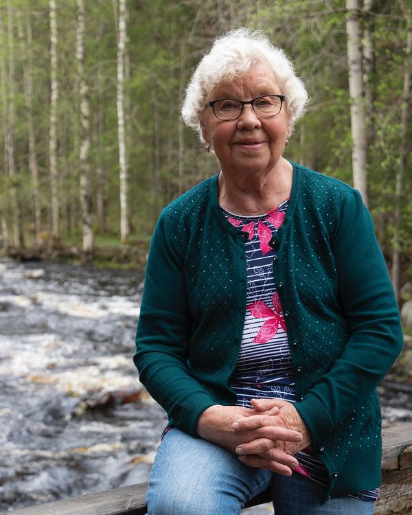 My Grandma #familypotrait #compositionphotography #visitkarelia_finland #grandmasarethebest #portraitphotography