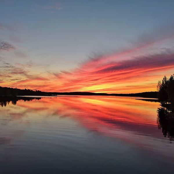 #visitkarelia_finland #visitfinland #nurmes #sunset #nofilterneeded #sobeautiful #sokoshotelbomba #view #lovethis #naturephotography