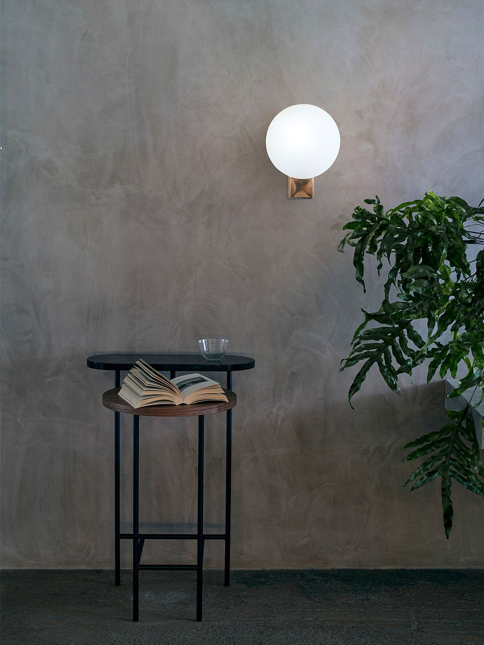 &Tradition Journey wall lamp