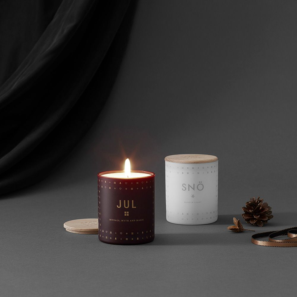 Skandinavisk Jul and Snö scented candles
