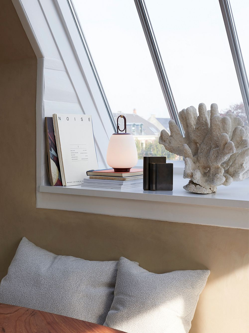 &Tradition Lucca table lamp