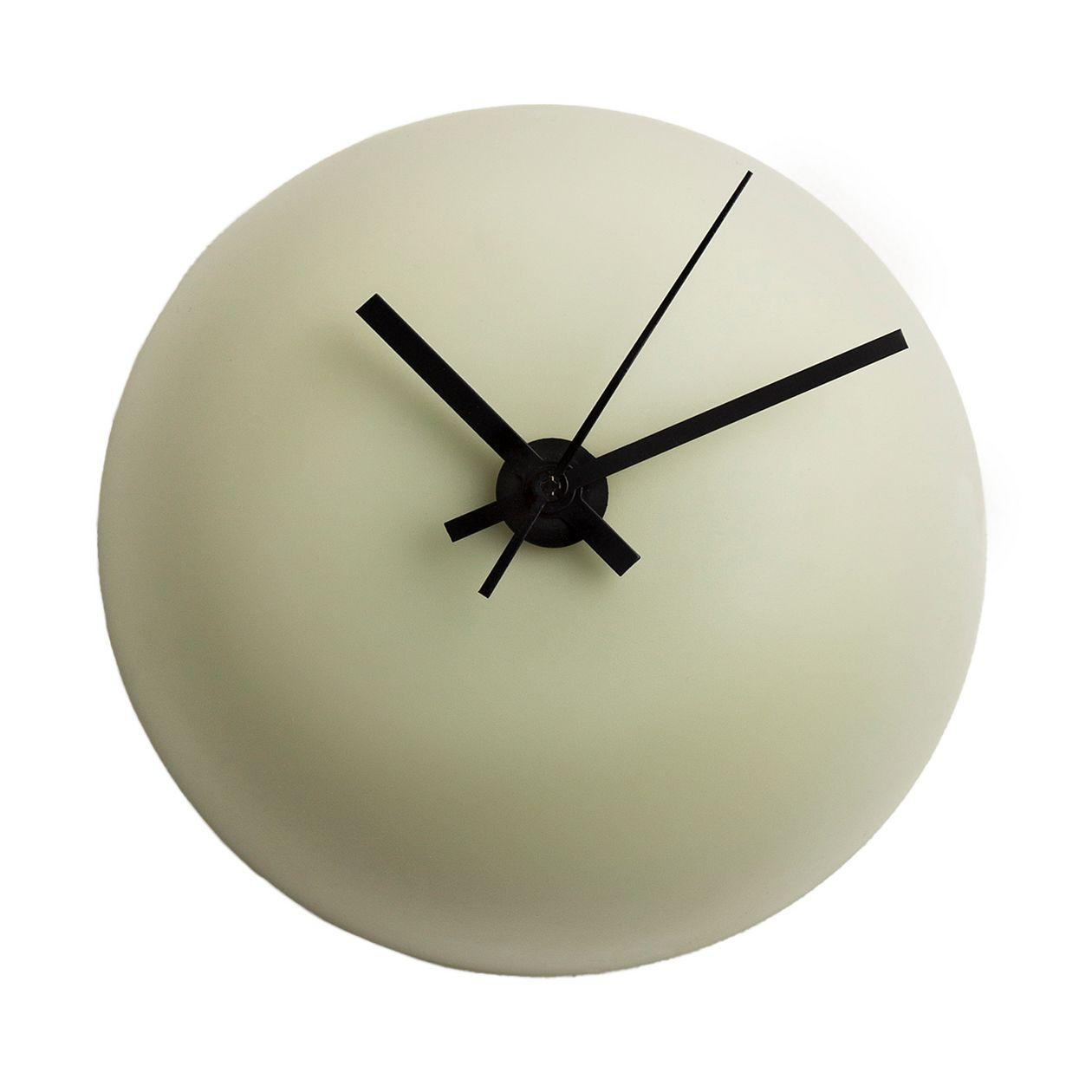 Katriina Nuutinen Alva clock, light green