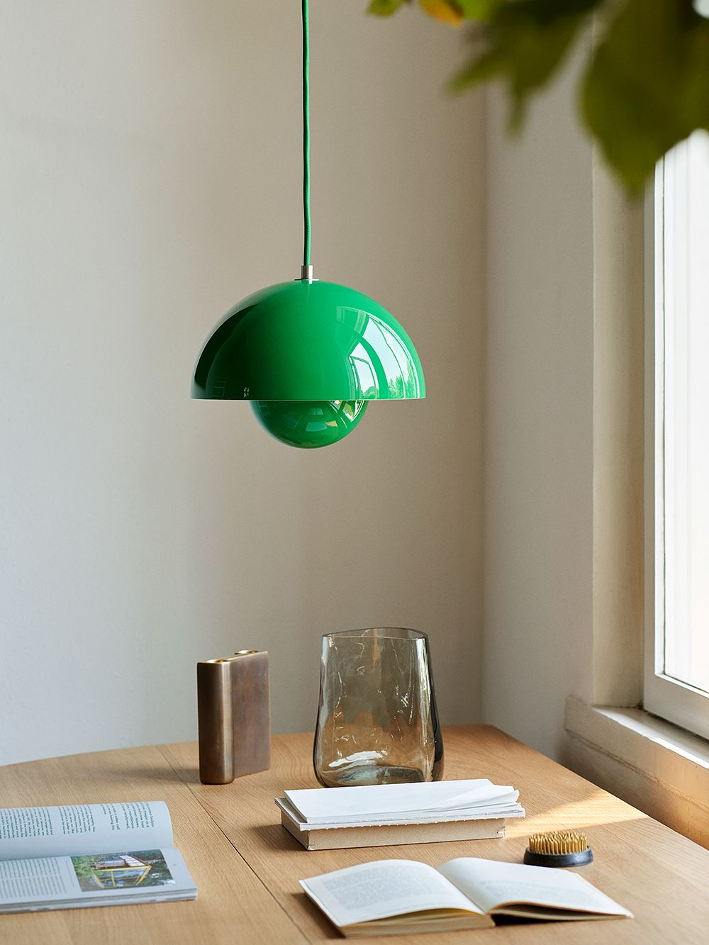 &Tradition Flowerpot VP1 pendant, signal green