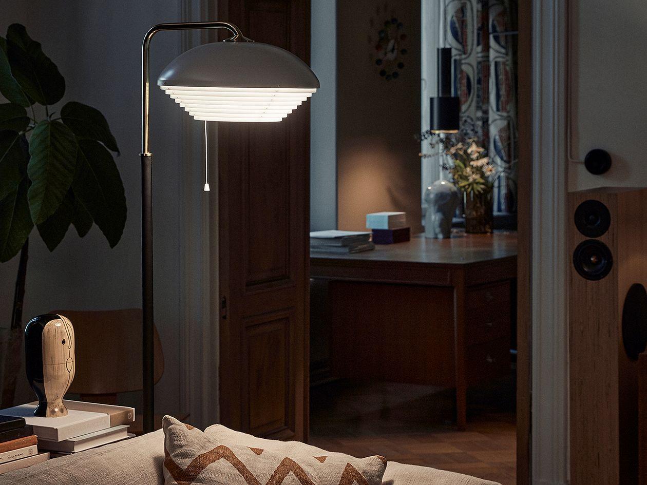 Artek Aalto floor lamp A811, polished brass