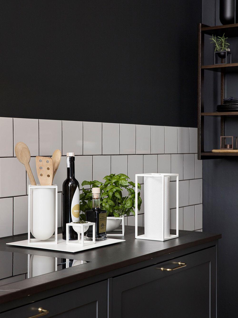 By Lassen Kubus Roll'In kitchen paper holder