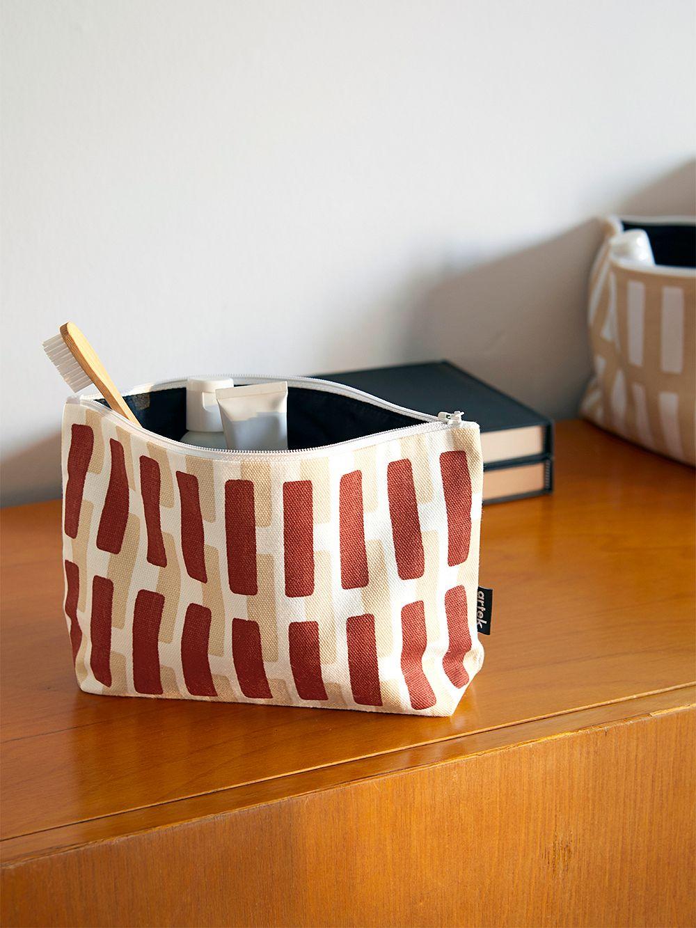 Artek Siena pouch, small, brick - sand