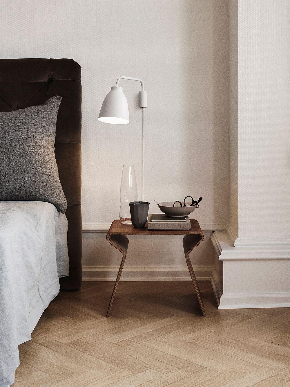 Fritz Hansen Caravaggio Read wall lamp, matt white