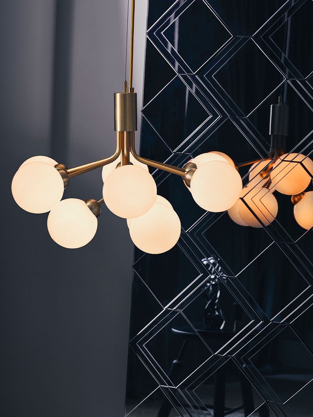 Nuura Apiales 9 pendant, brushed brass - opal white