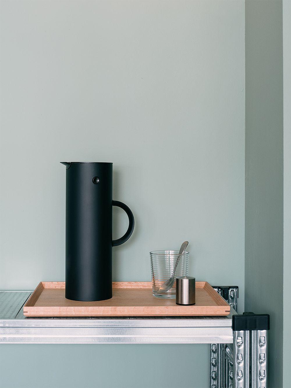 Stelton EM77 vacuum jug 1,0 L, black