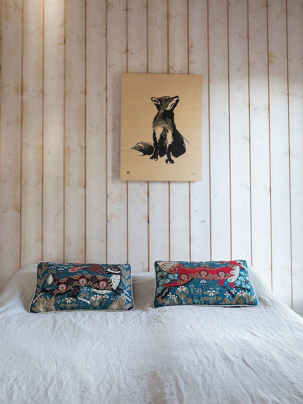 Running Hare cushion cover, linen