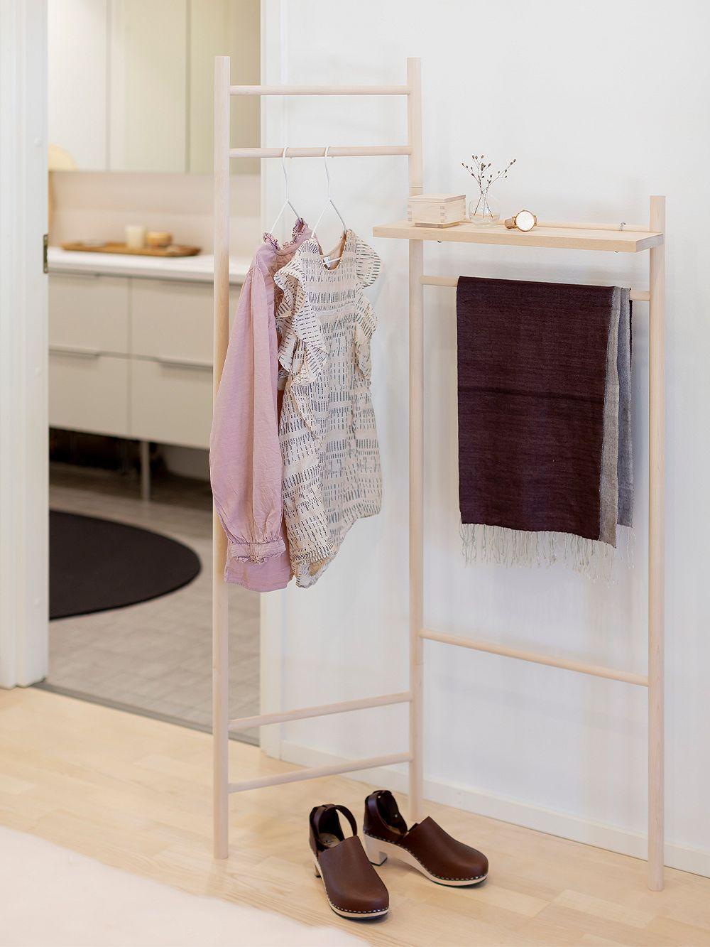 Verso Design: Tikas clothes rack