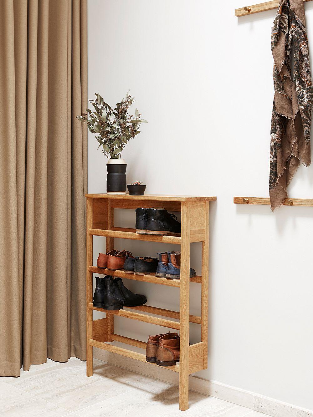 Form & Refine A Line shoe rack