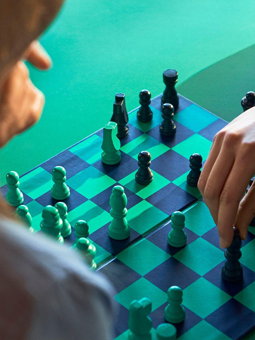 HAY PLAY Chess