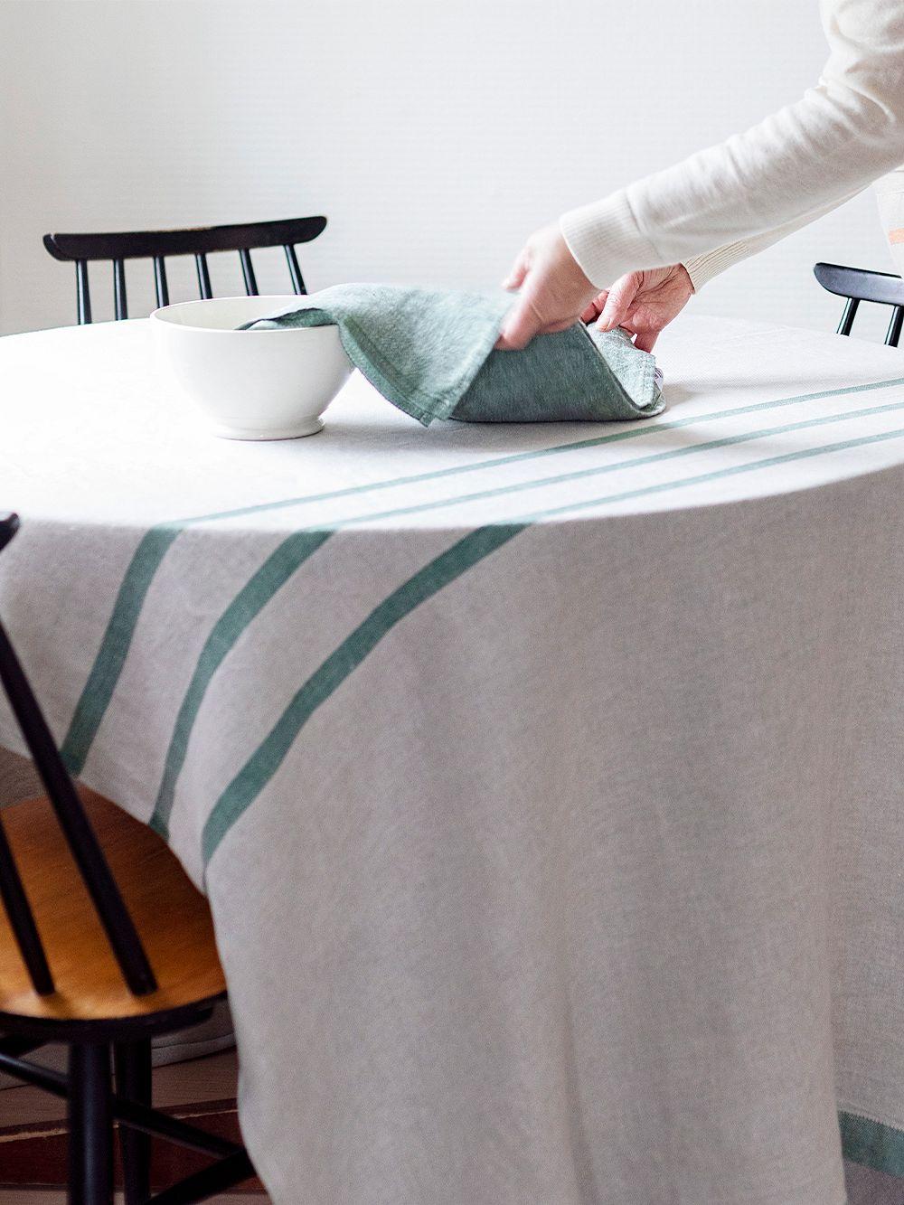 Lapuan Kankurit Usva tablecloth, linen - aspen green