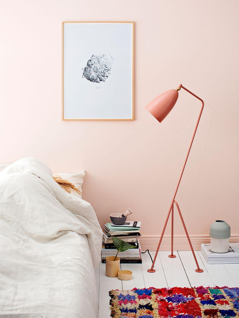Gräshoppa floor lamp in vintage red