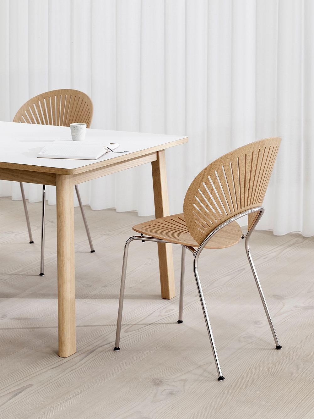 Fredericia Trinidad chair, lacquered oak - chrome