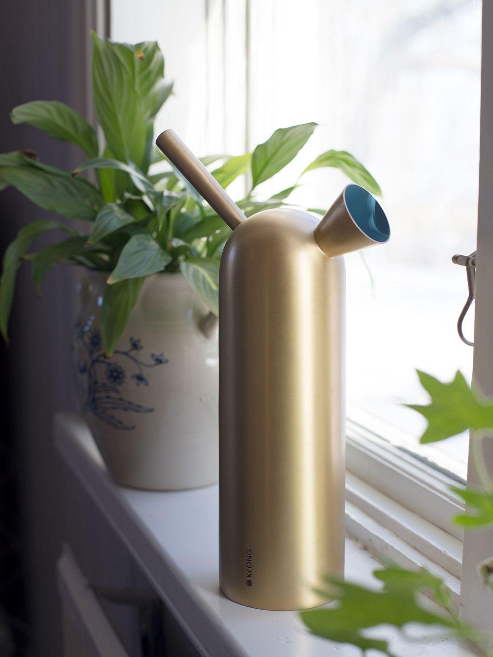 Klong Svante watering can, brass