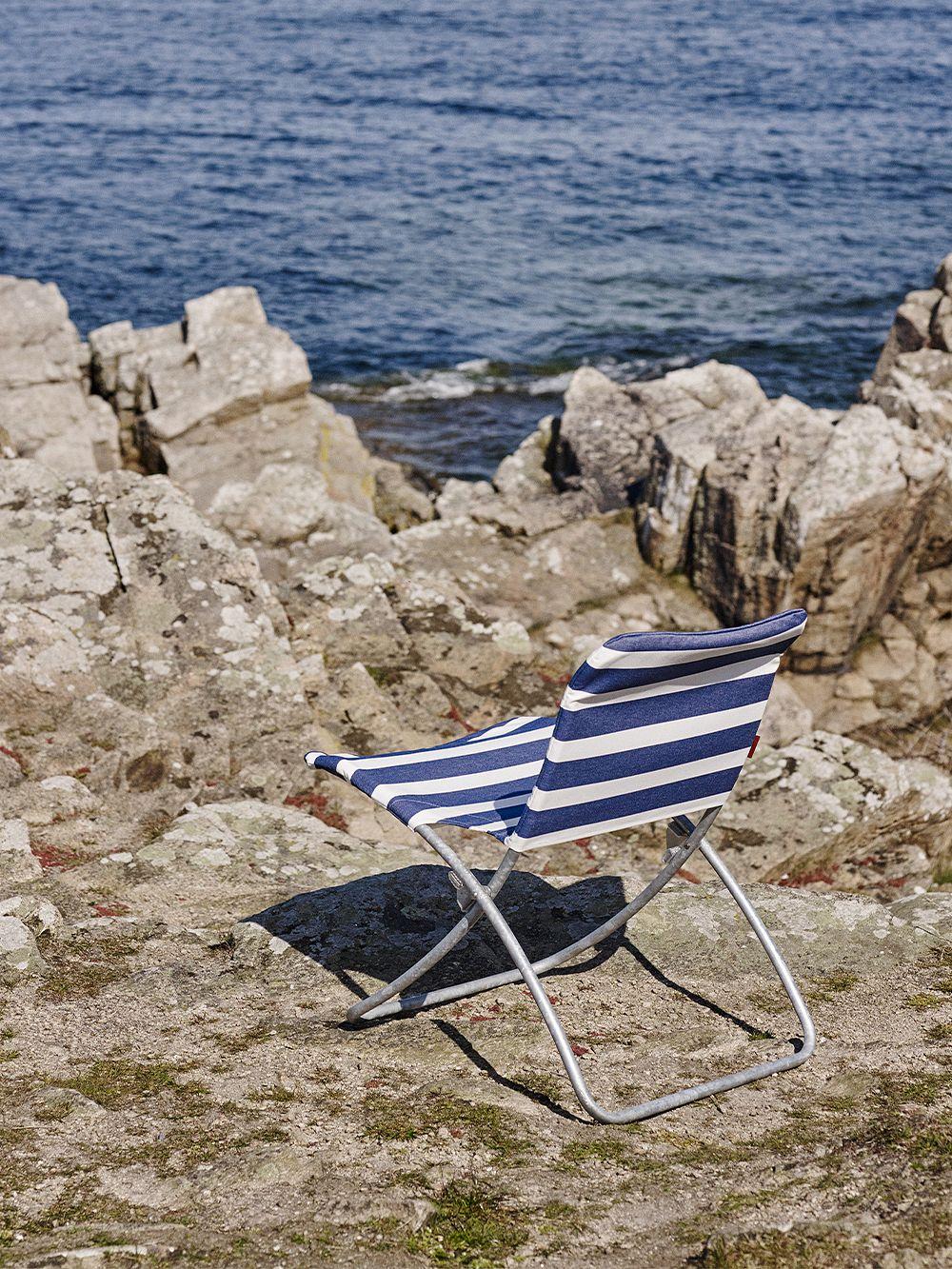 Skagerak Lise sunchair, blue stripes