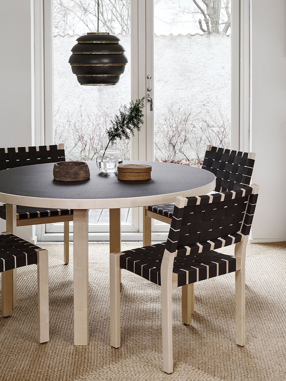 Artek Aalto chair 611, black