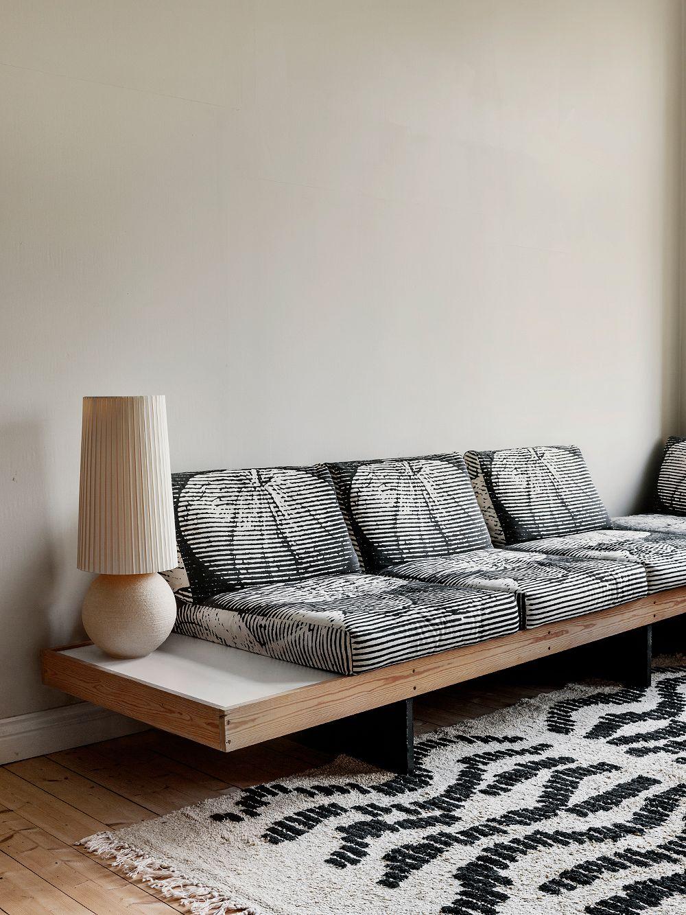 Vintage sofa upholstered with Vuokko Eskolin-Nurmesniemi's Hedelmä fabric