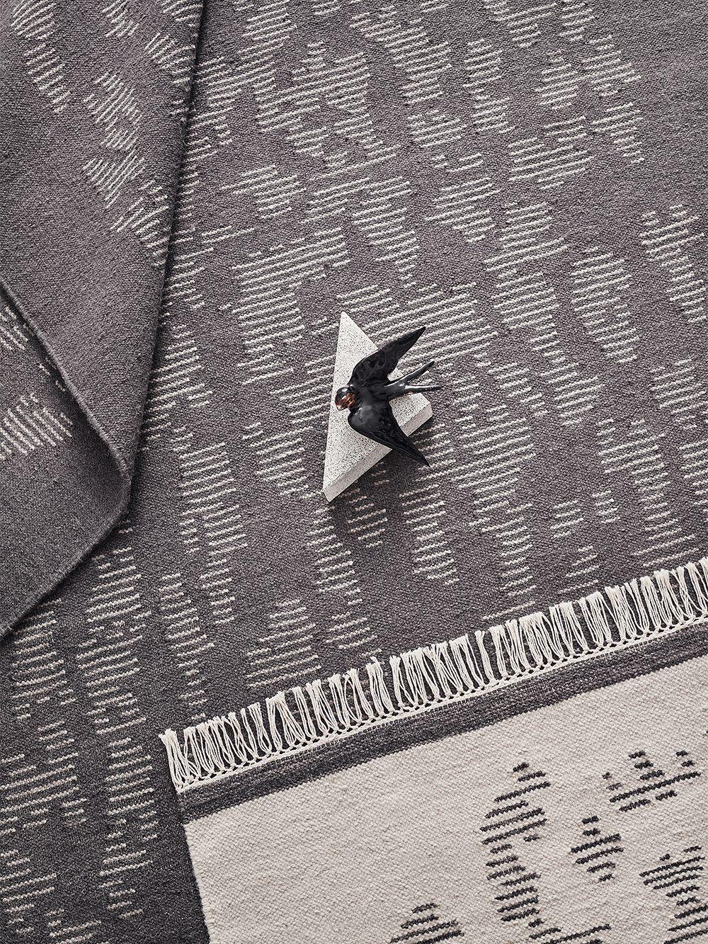 Finarte Saaristo rug in grey