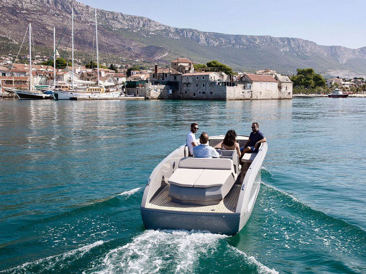 Rand electric speedboats