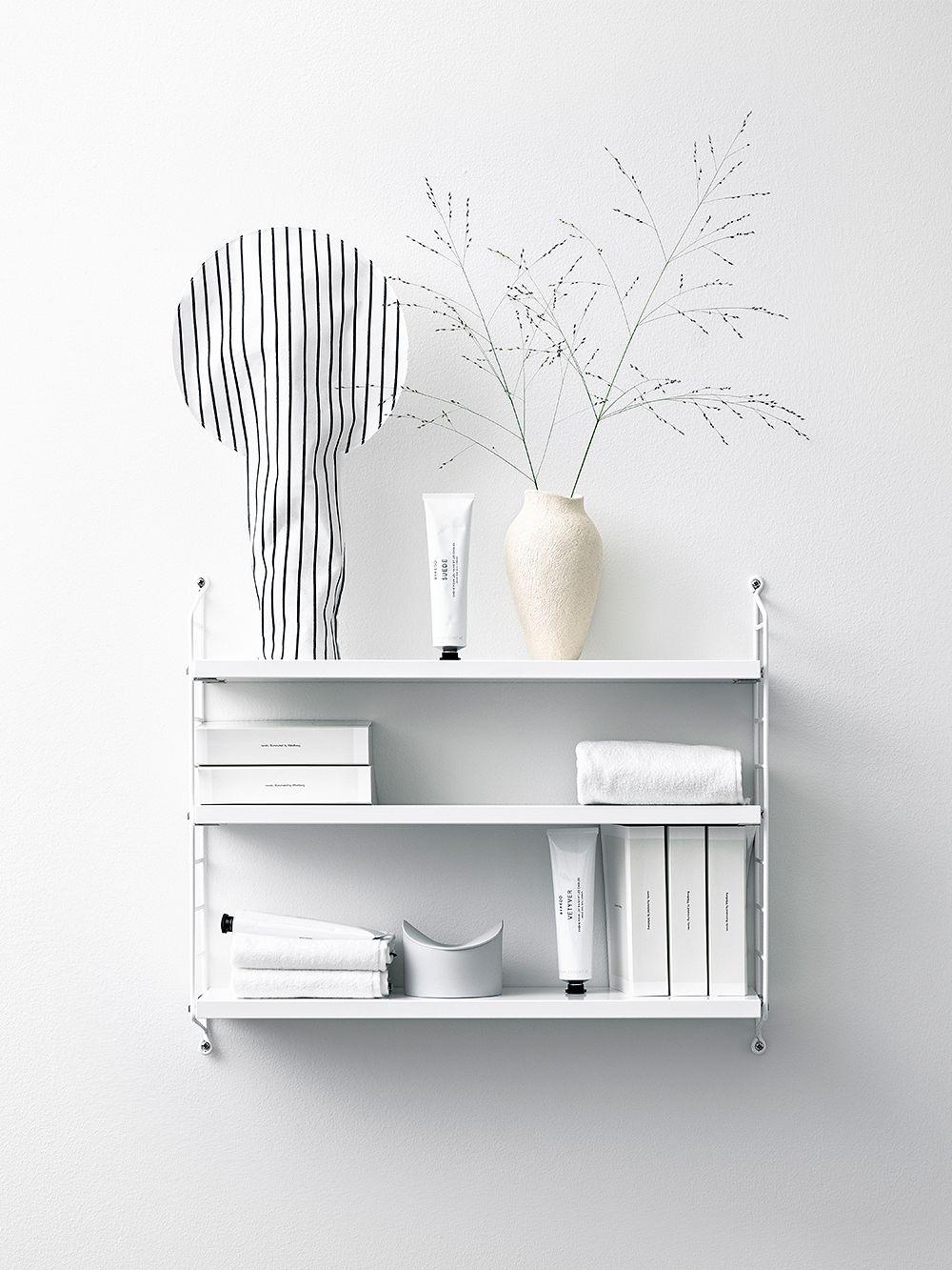String Pocket shelf in white