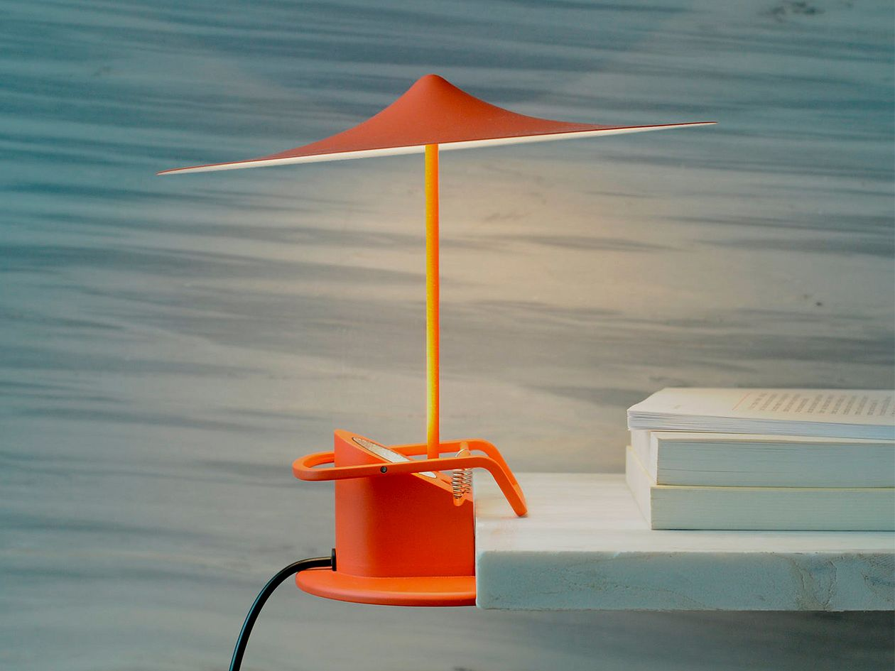 Wästberg's île table lamp