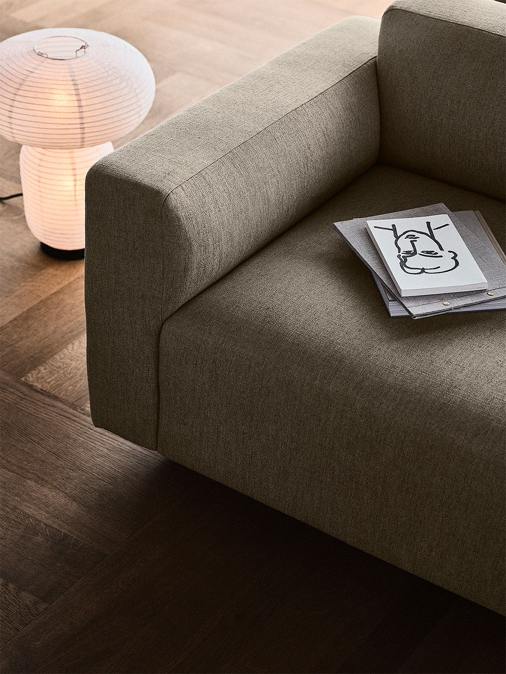 &Tradition Develius sofa and Formakami light