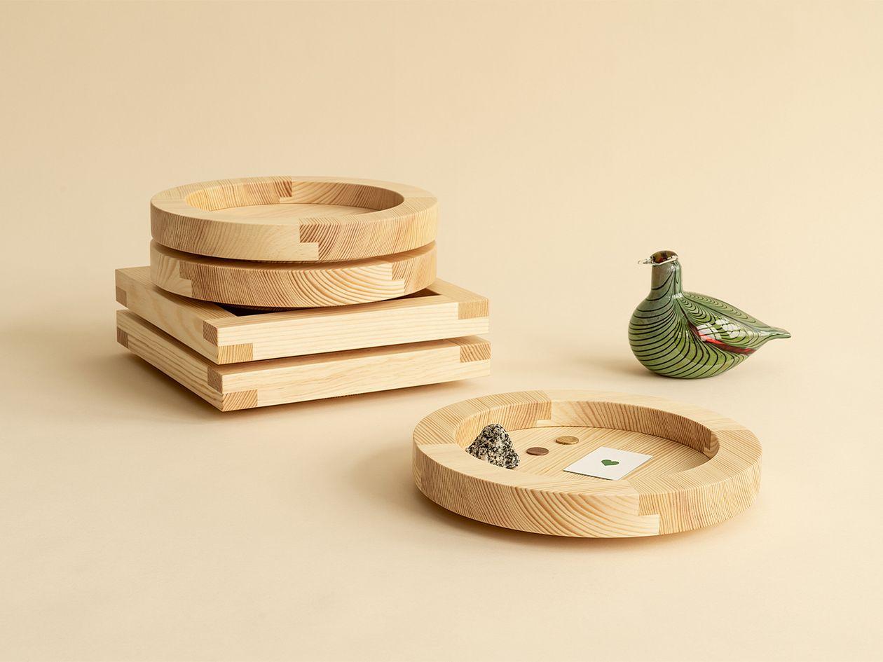 Vaarnii 010 tray, round, pine