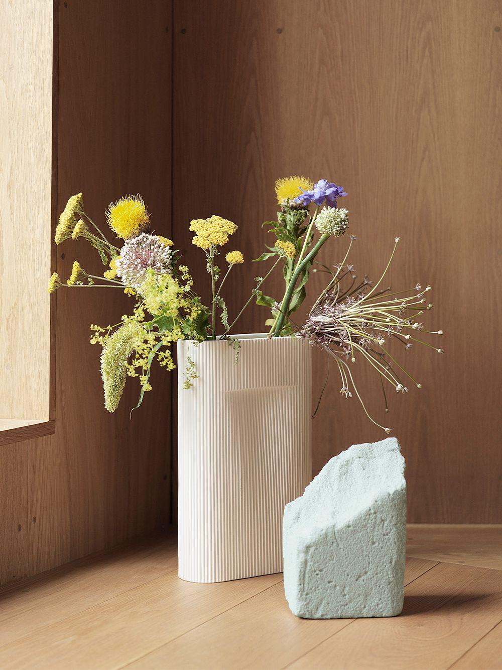 Muuto Ridge vase, small, off white