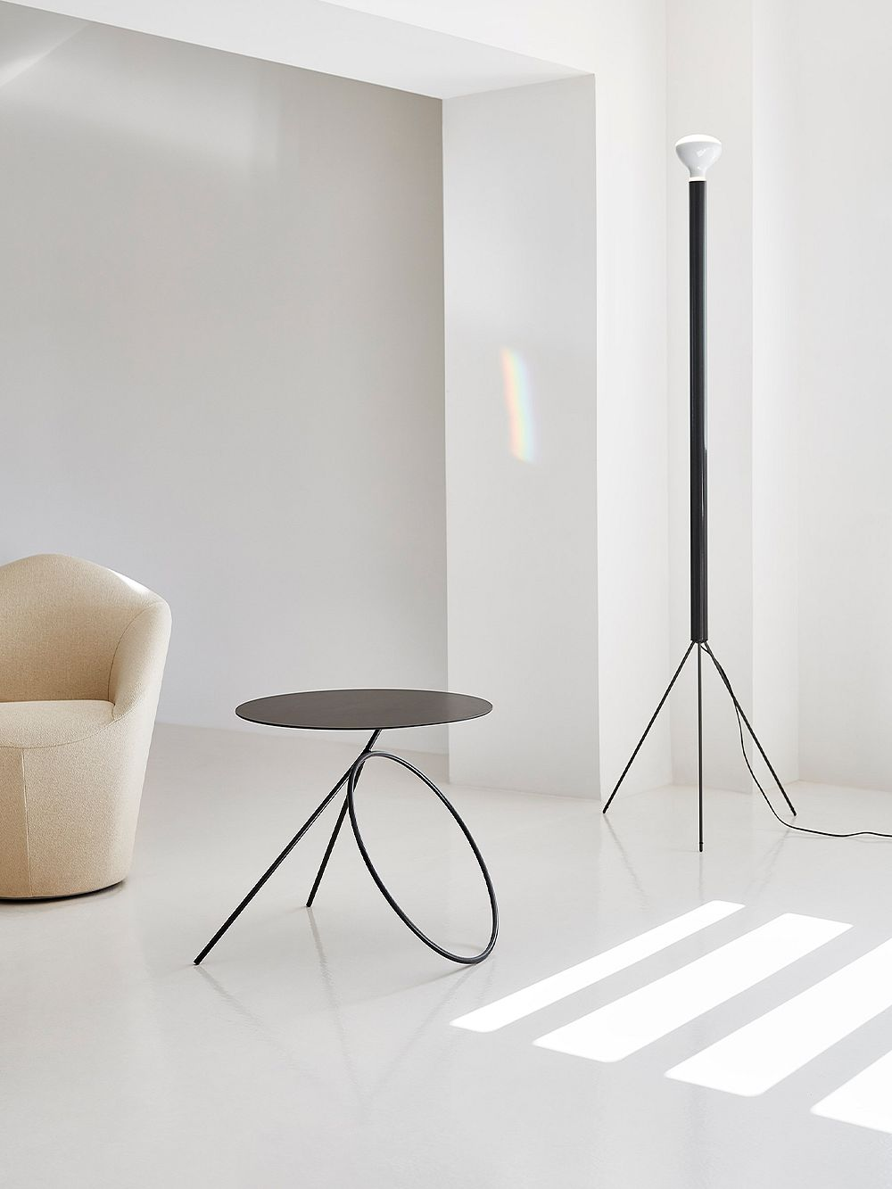 Viccarbe Bamba sculpture table, black