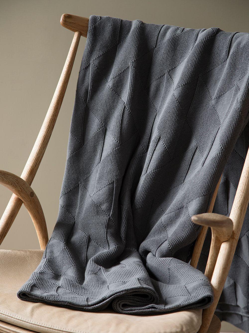 Architectmade FJ Pattern blanket, 140 x 210 cm, grey
