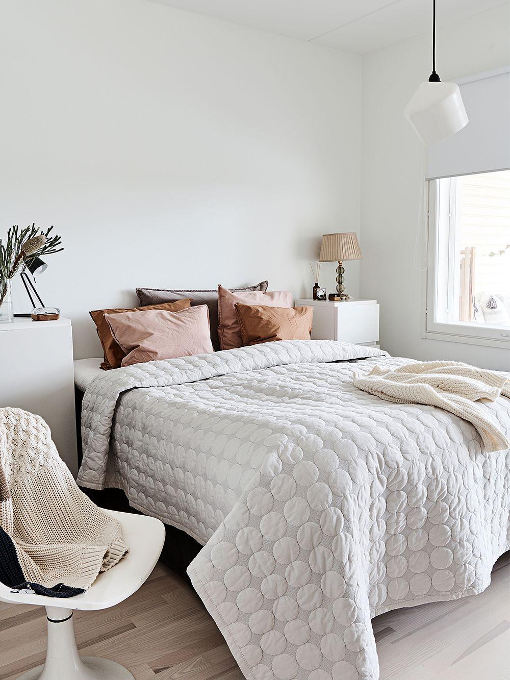 Hay Mega Dot bed cover