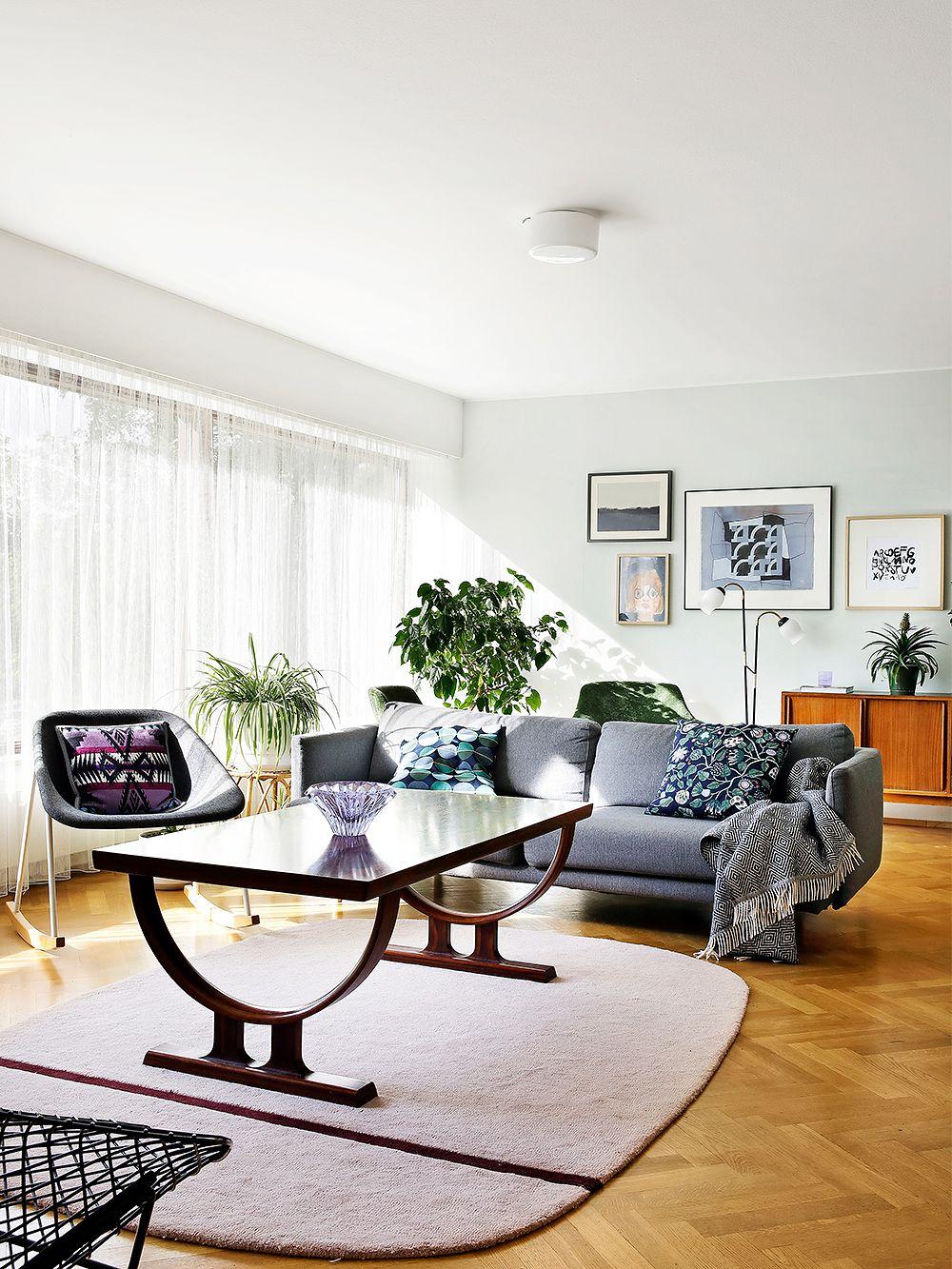 Hakola's Lazy sofa