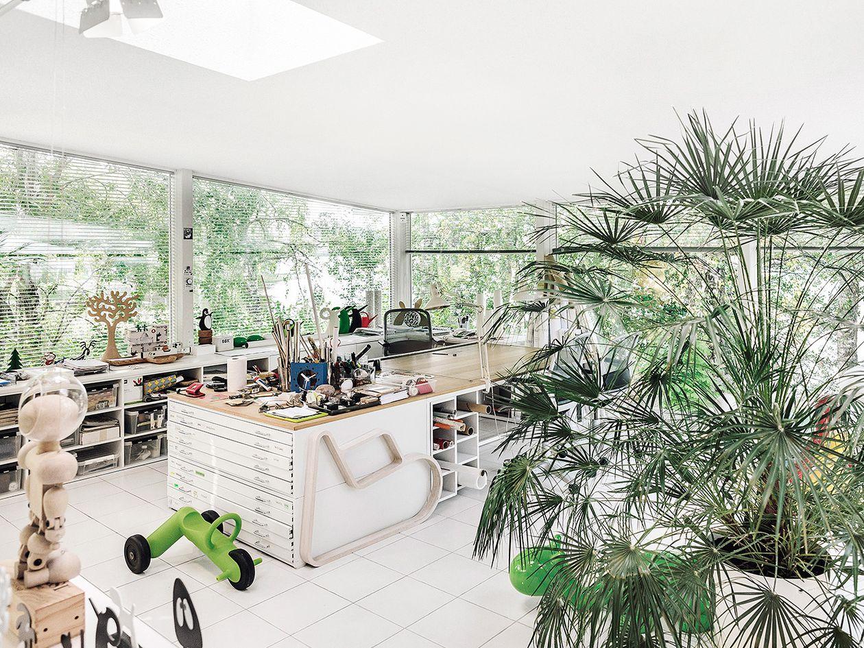 Eero Aarnio's workroom