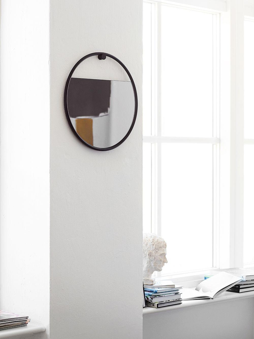 Peek mirror by Northern