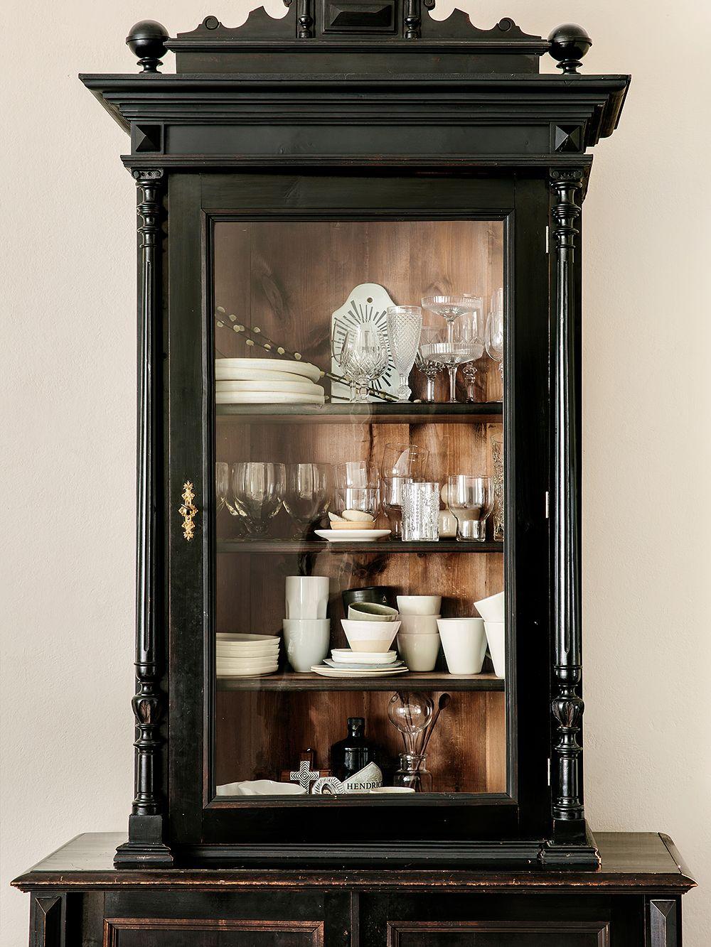 Peeta Peltola's antique cabinet