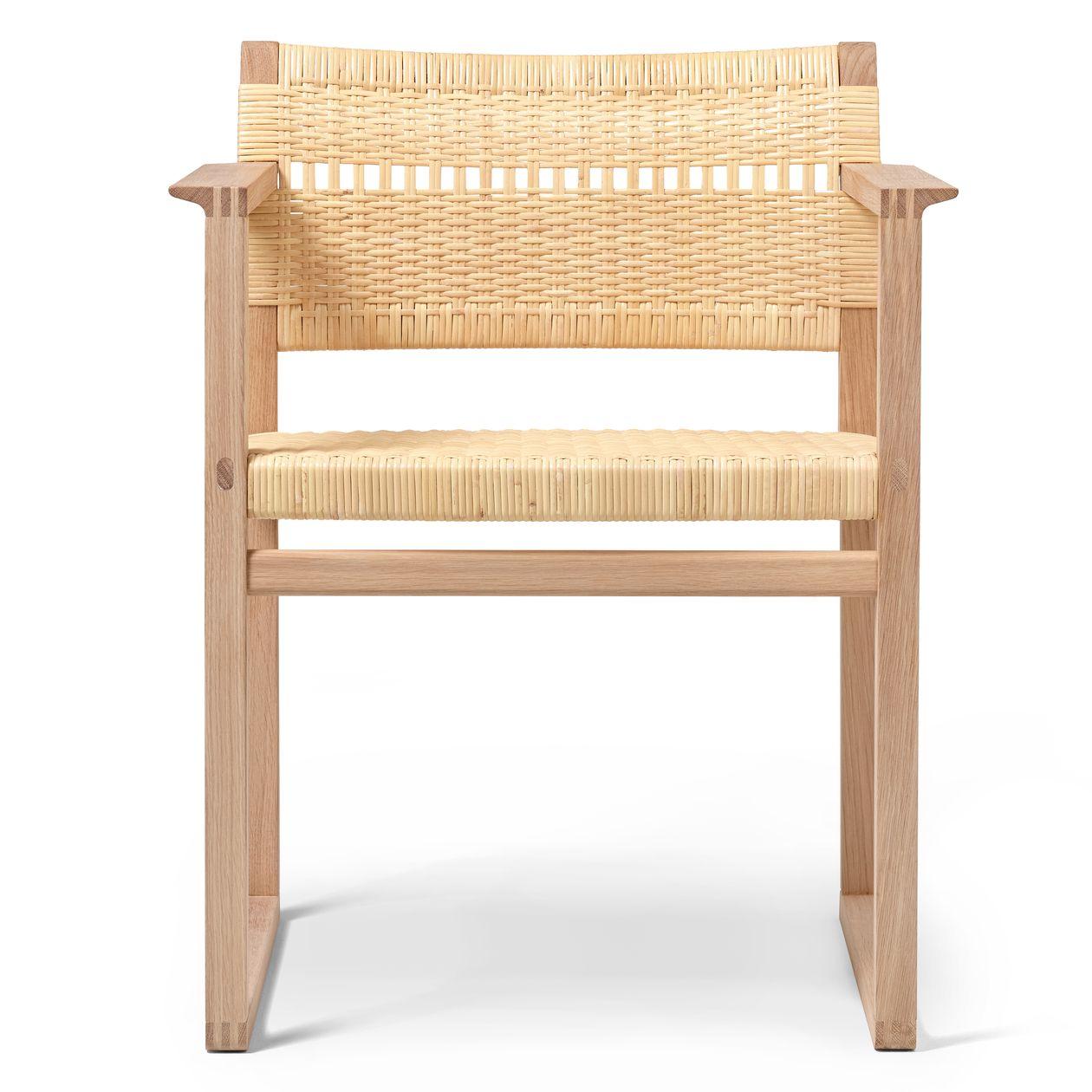 Fredericia's BM62 chair