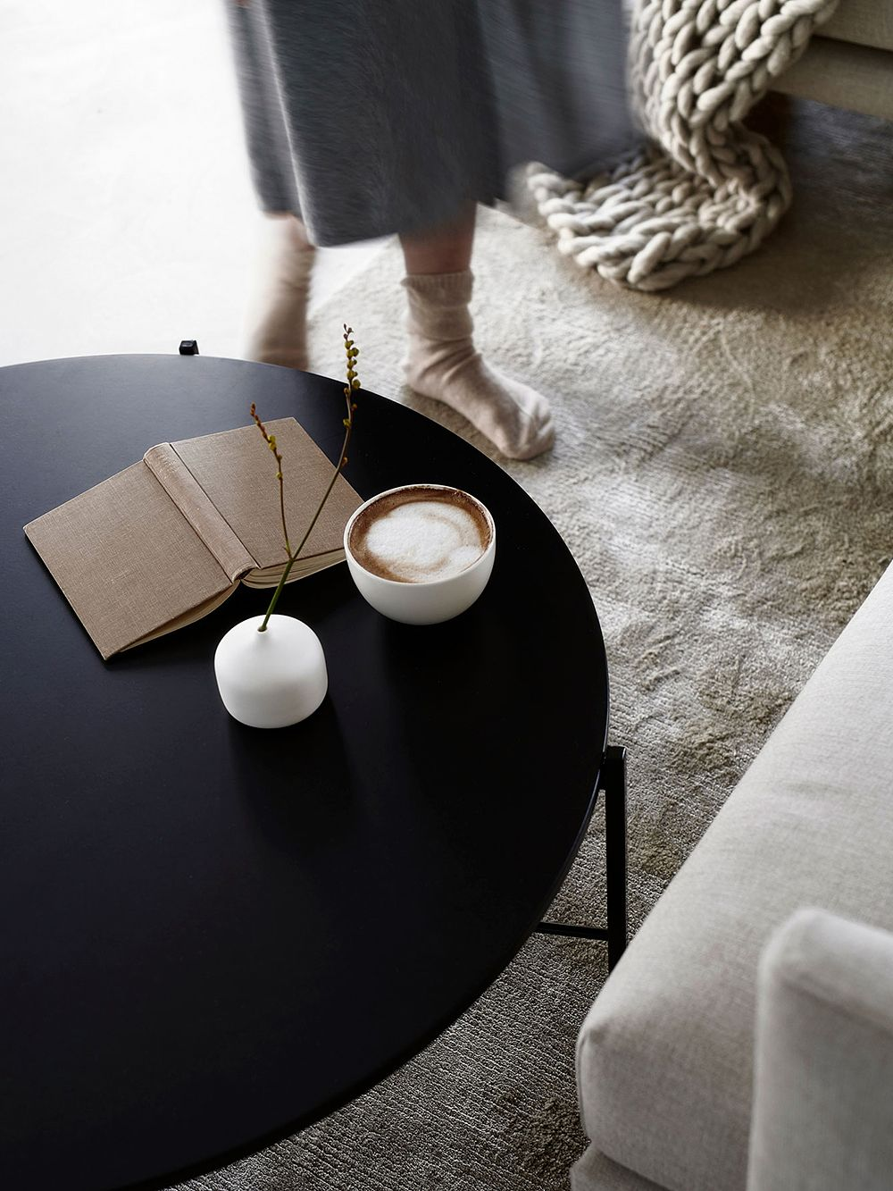 Hakola Round coffee table